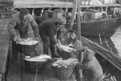 1944 г. Бригада Бута А. М. Рыболовецкого колхоза Октябрь